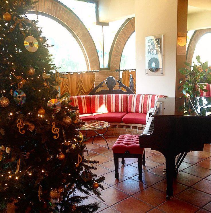 Che bella la nostra #hall in tema natalizio!