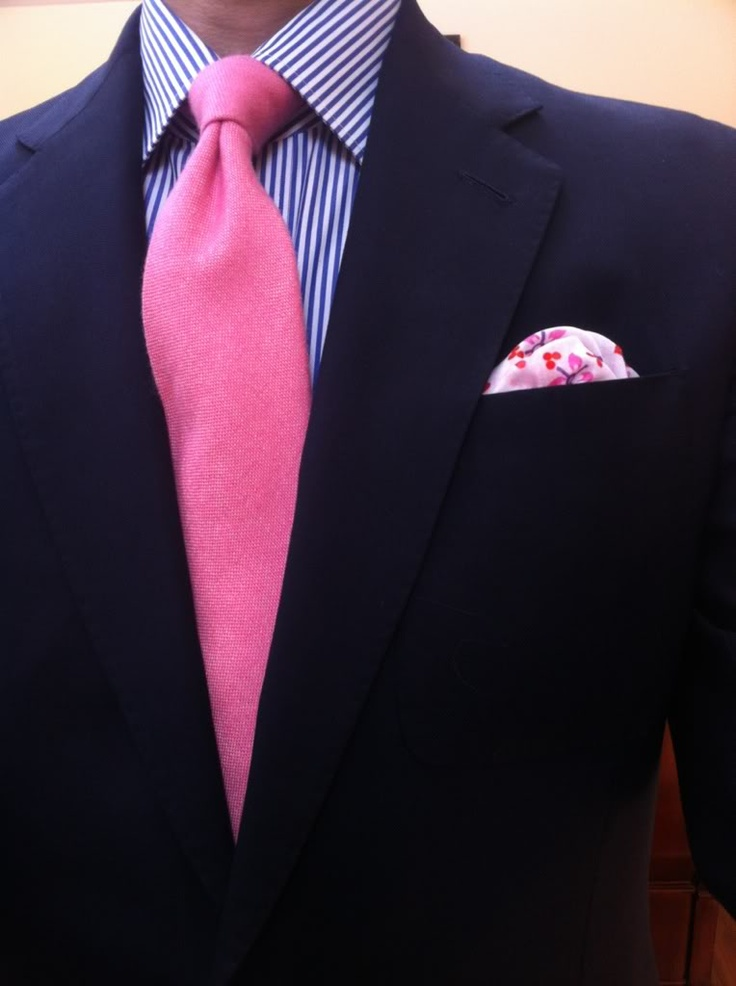 Navy blazer blue striped shirt pink tie suit looks for Pink shirt tie combo