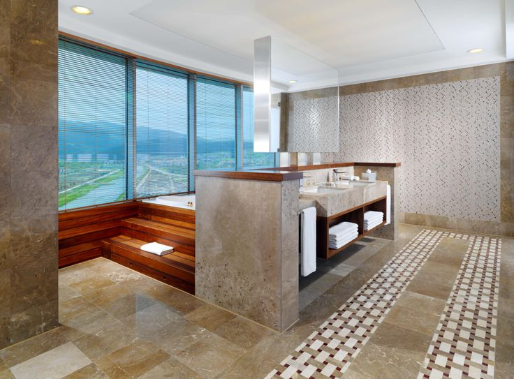 Sheraton Bursa Hotel Presidential Suite Bathroom 1