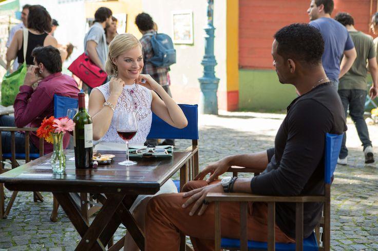 Will Smith y Margot Robbie, una pareja sofisticada y glamurosa... De ladrones. Descubre sus tretas en #Focus.