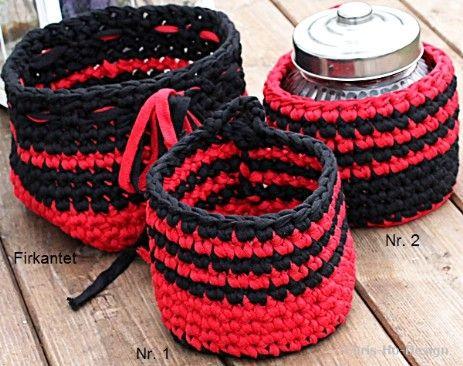 Heklede kurver i rødt og svart - Chris-Ho.com