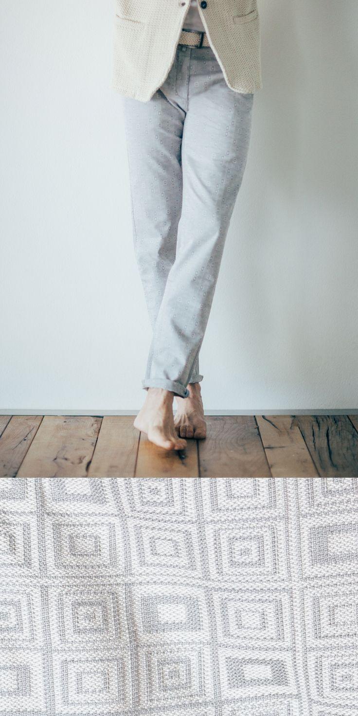 Pantalone tasca america slim fit realizzato con tessuto tinto in filo stretch con esclusivo motivo #optical  #moda #fashion #italia #italy #style #madeinitaly