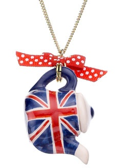 London teapot long pendant.  all things union jack
