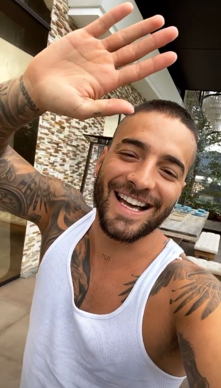 Maluma, baby in 2020 | Singer, Pretty boys, Pictures