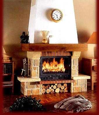 Las chimeneas necesitan cuidado y atención para estar alegres y cálidas a la vez.En www.clubmagic.es te ayudaremos a tener una chimenea siempre cálida y alegre