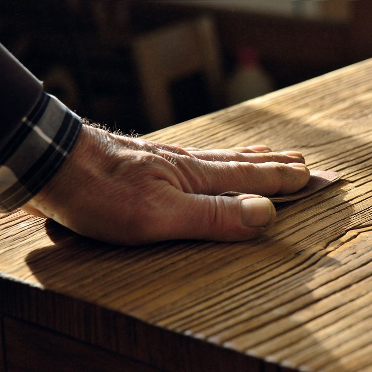 Wise and careful hands, not machines, work with art and passion ancient wooden boards. Our artisans' hands take care of every single centimeter of each Nature Design piece.
