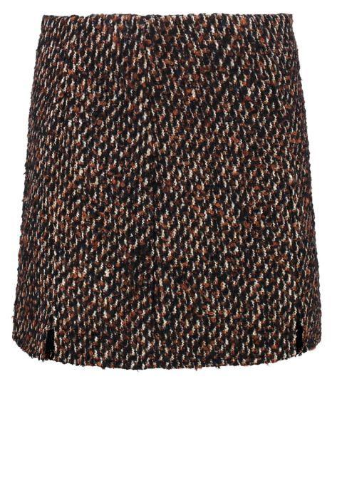 Mini falda de tweed, de Patrizia Pepe (179,95 €).