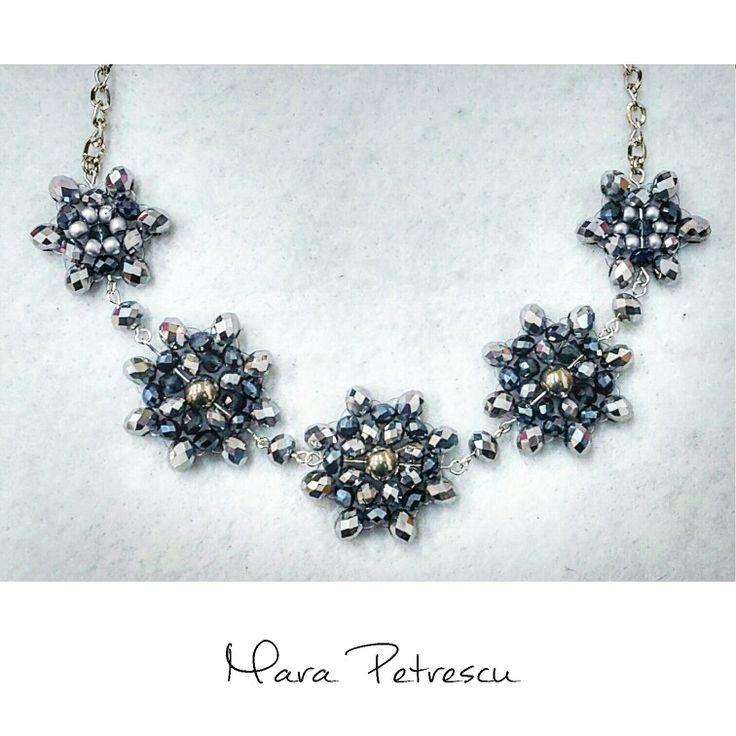 Silver sparkly handmade statement necklace❤
