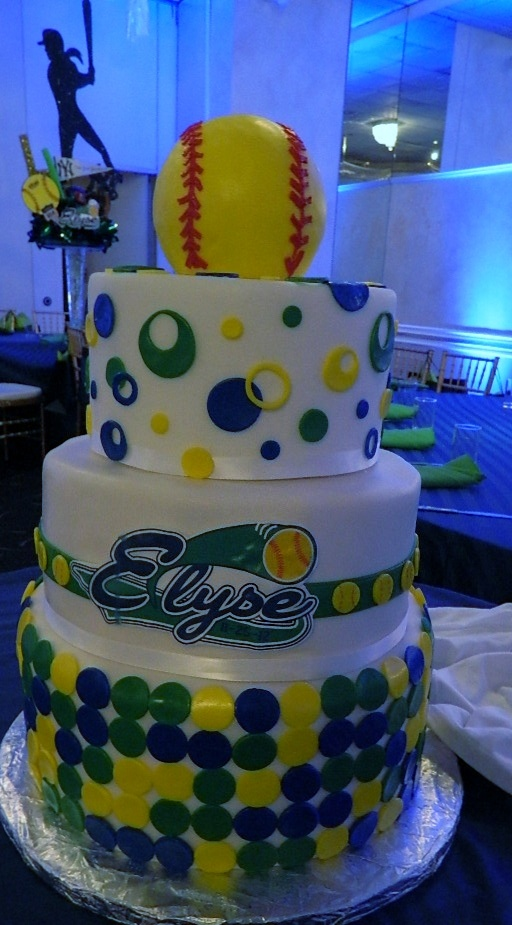 We hit a home run with the guests at this Baseball themed Bat Mitzvah at Grand Marquis with this amazing cake.