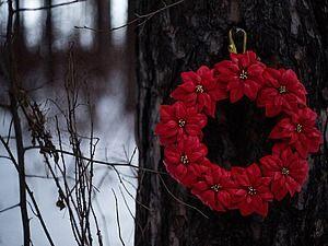 Дорогие рукодельницы! Уже в продаже мастер-класс по созданию цветка Пуансеттии из фоамирана. Стоимость МК: 50 руб. Пуансеттия – изумительной красоты растение родом из тропической Америки. Из-за того, что пуансеттия зацветает обычно в канун Рождества, ее называют еще «рождественской», или «вифлеемской звездой». Сказочный цветок, распускающийс…