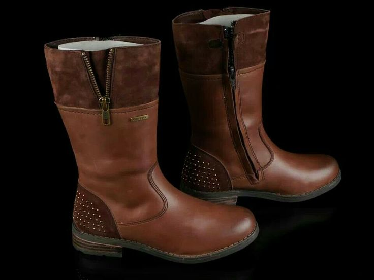 READY STOCK KIDS LEATHER BOOTS KODE : CLAUDE BROWN Size 29,30,31 PRICE : Rp.225.000,- AVAILABLE SIZE : - Size 29 (18,5cm) - Size 30 (19cm) - Size 31 (20cm)  FOR ORDER : SMS/Whatsapp 087777111986 PIN BB 766a6420 FB : Mayorishop  #pusat #sepatu #boots #anak #kids #shoes #genuine #leather #brown #coklat #sisa #ekspor #branded #eropa #ready #stock #mayorishop #online #bogor