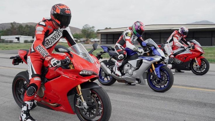 Top Speed Ducati 1299 Panigale Vs BMW S1000RR Vs KAWAZAKI H2R Vs YAMAHA R1