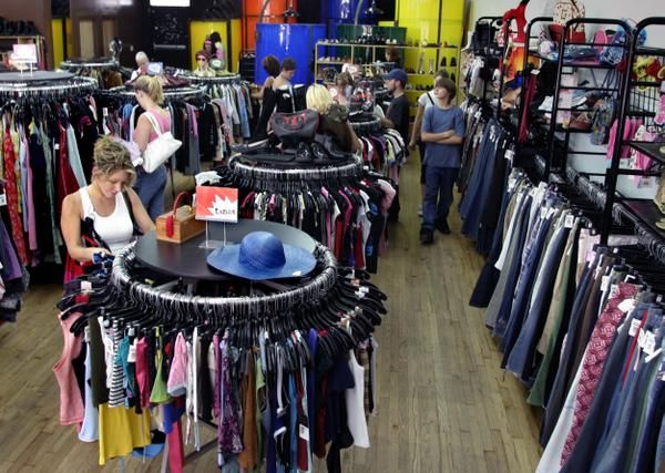 The Best Thrift Stores in L.A. | The Budget Fashionista... I want to go!!!