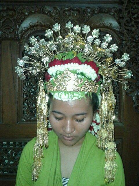 Aksesoris pengantin Aceh