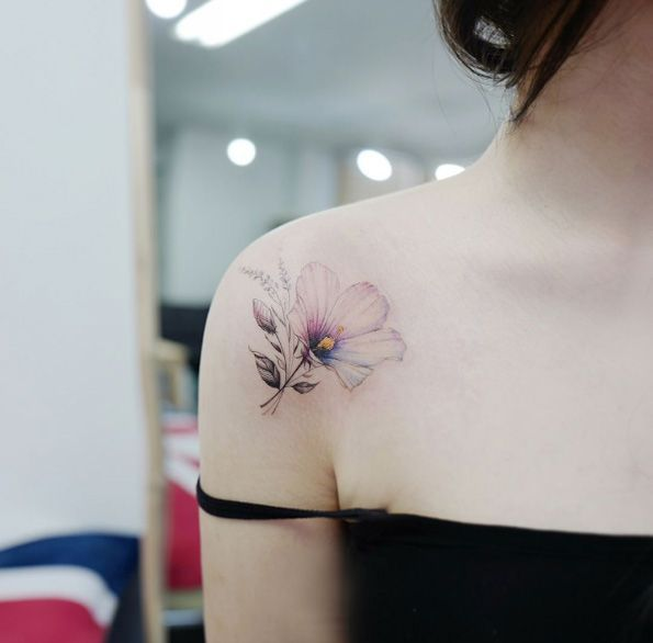 Floral shoulder piece by Tattooist Banul