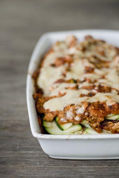 feines gemüse: Zucchini-Lasagne mit Räuchertofu