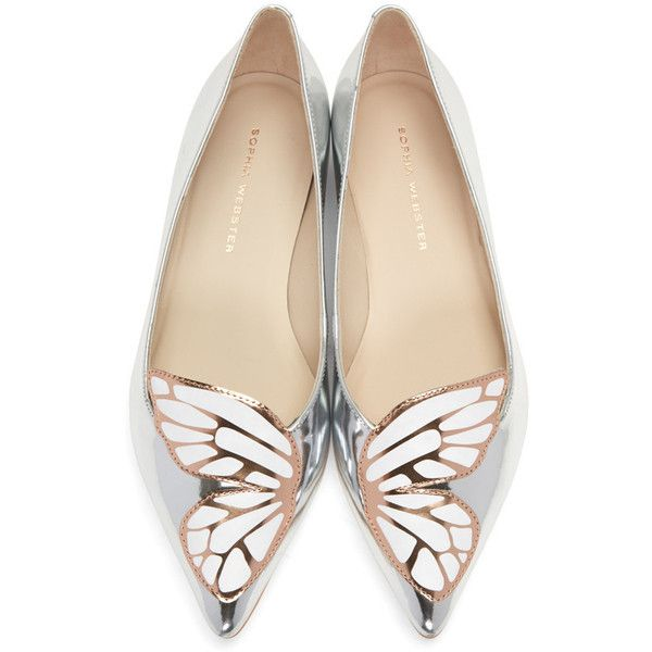Sophia Webster Silver Patent Bibi Butterfly Flats (£275) ❤ liked on Polyvore featuring shoes, flats, silver ballerina flats, silver metallic flats, silver shoes, pointed toe ballet flats and ballet flat shoes