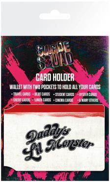 Suicide Squad - Daddy's little monster  - Kartenetui - Länge ca. 10 cm - Breite ca. 7 cm - aus Vinyl  Mit dem Daddy´s Little Monster Karten-Etui bieten wir dir einen mehr als superschurkigen Ersatz für deine sperrige Geldbörse. Die kompakte Box von Suicide Squad hat eine Größe von grade mal 10 x 7 cm und bietet genug Raum für deine wichtigsten Bank-, Kredit- und Ausweiskarten.