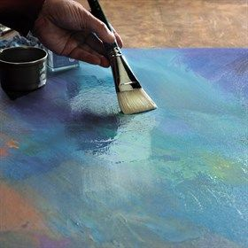 How to varnish a painting created with Artisan Water Mixable Oil Colour