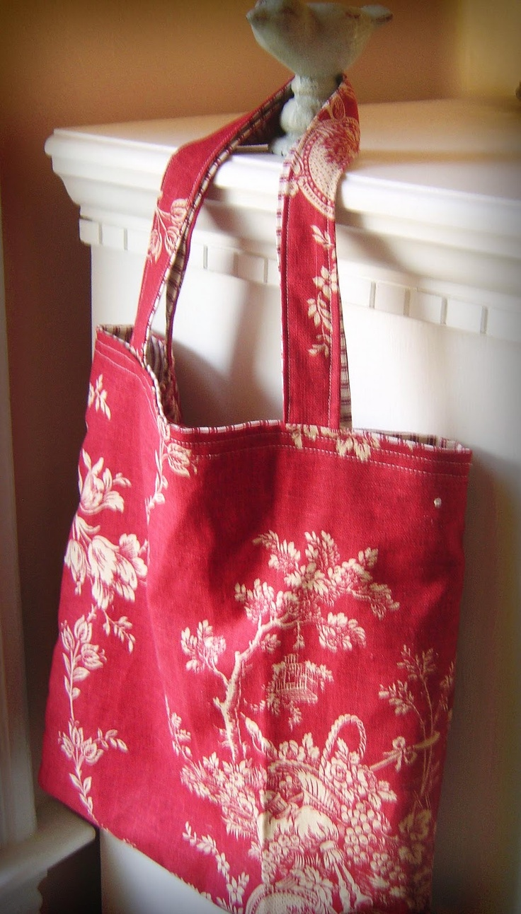 Another Pretty Vintage Fabric Tote Bag (using instructions from Better Homes & Garden)