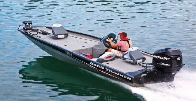 Tracker Boats Pro Team 190 TX - Bass Boat