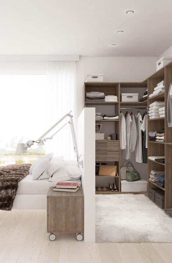 Dressing avec cloison tête de lit.: