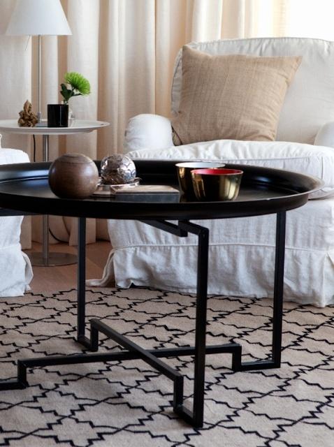 Kelimer rug and table from Svenskt Tenn