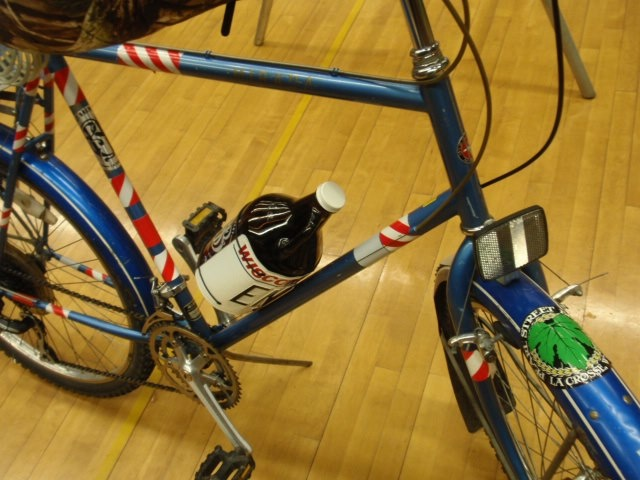 Growler Getter on Bicycle by Bicycletc