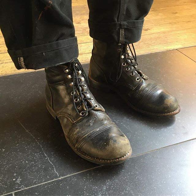 We are feeling like we are stepping back in time with this unbelievable pair of Red Wing Shoes Iron Ranger in Black! What a beautiful worn pair of boots. | www.redwingamsterdam.com |