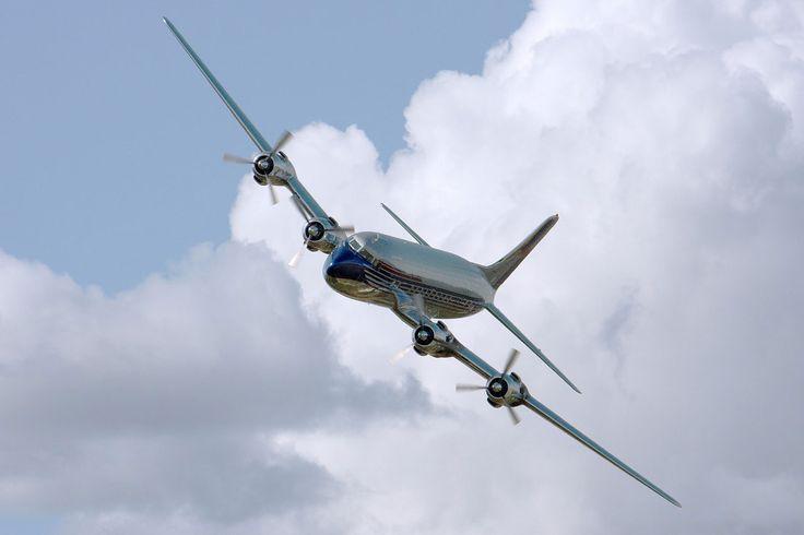 """► Controlando el tráfico aéreo en """"4D"""": la ESA e Inmarsat prueban su nuevo sistema de c https://www.xataka.com/espacio/controlando-el-trafico-aereo-en-4d-la-esa-e-inmarsat-prueban-su-nuevo-sistema-de-control"""