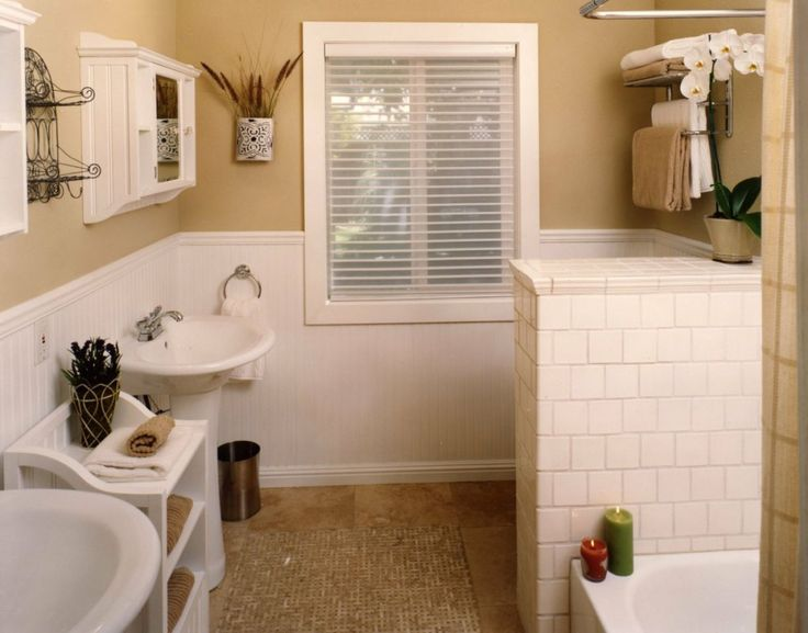 12 best images about wainscoting on pinterest for Bathroom ideas tan