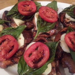Caprese Chicken with Balsamic reduction  #recipe #chicken #caprese