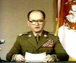 Jaruzelski declares martial law (December 13, 1981)
