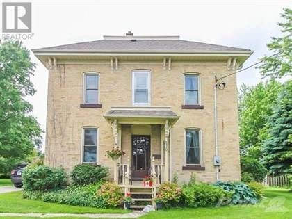 $224,900 CAD: Stately two story brick home on a extra deep lot in the lovely town of Clinton. The main floor features a newer kitchen, bright family room, laundry and a 3 pc bath and a main floor master bedroom. U...