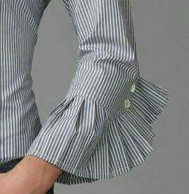 Unique pleated sleeves