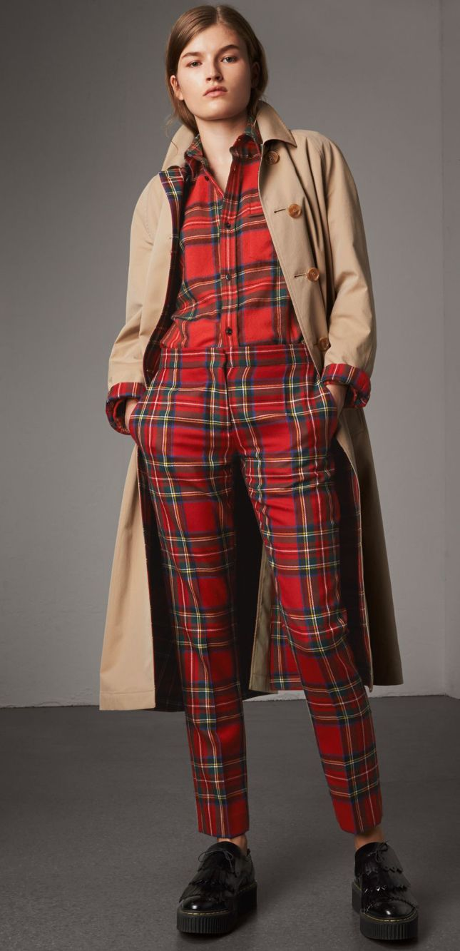 A cotton gabardine car coat with an A-line silhouette and button-through pockets. Wear it on the wool reverse to reveal a Modern Stewart Royal tartan.