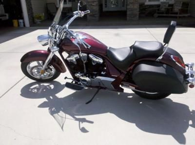 2011 Honda Interstate: Heres my 2011 Interstate.  I have added a Mustang Seat, sissy bar, Arlen Ness mirrors, chrome radiator cover, deep dish bezel turn signals, custom grips,