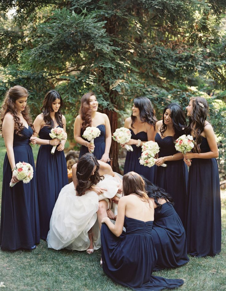 25  ide terbaik Midnight blue bridesmaid dresses di Pinterest