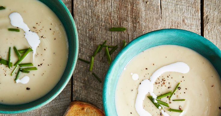 The former Great British Baking Show judge offers a comforting country vegetable soup from her new cookbook. Mary Berry's Potato Leek Soup Serves 6 2 tbsp. unsalted butter 2 medium leeks, sli…