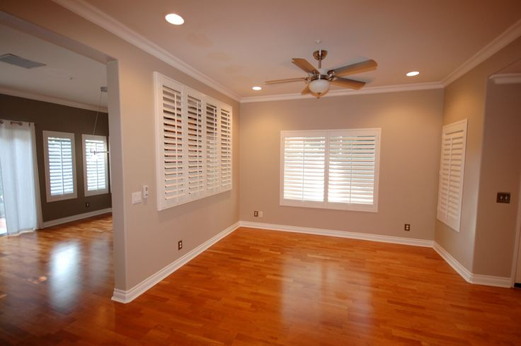 Four Recessed Lights With Fan Light In Middle Living