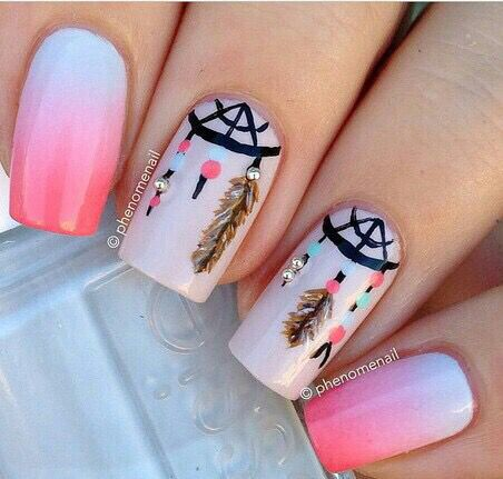Dream Catcher Nail Art for more findings pls visit www.pinterest.com/escherpescarves/