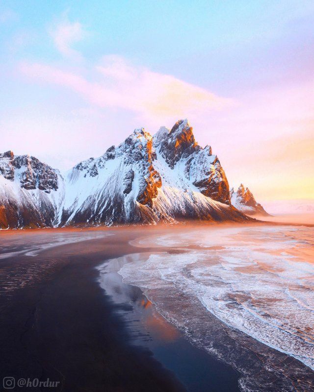 Beautiful Sunrise By Vestrahorn Southeast Iceland Instagram H0rdur Visit Wooden Watches Club For Hig Beautiful Sunrise Beautiful Nature Beautiful Mountains
