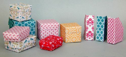 printable mini boxes and magazine holders at link