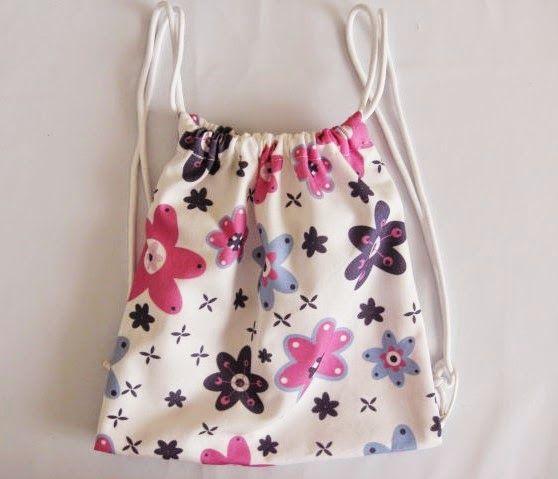 ILATELA: DIY: Cómo hacer una mochila infantil de tela diseño de @marikillaturuet e impreso en www.ilatela.com