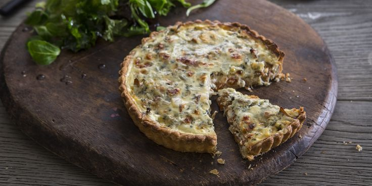 A classic quiche recipe from chef Dominic Chapman, with a flavourful filling of roasted pepper, mushrooms and Stilton cheese.