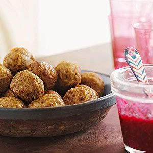 Turkey-and-Stuffing Bites with Cranberry Dipping Sauce, Thanksgiving leftover appetizers!!