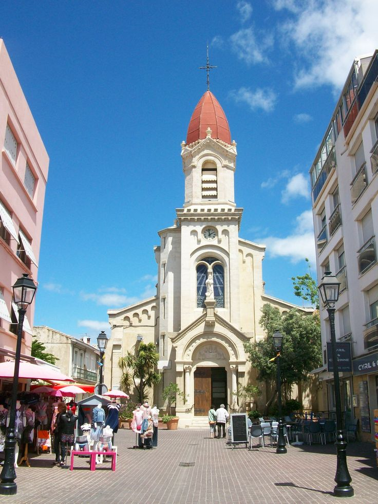small churches of France   palavas les flots is a small town on the south coast of france about ...