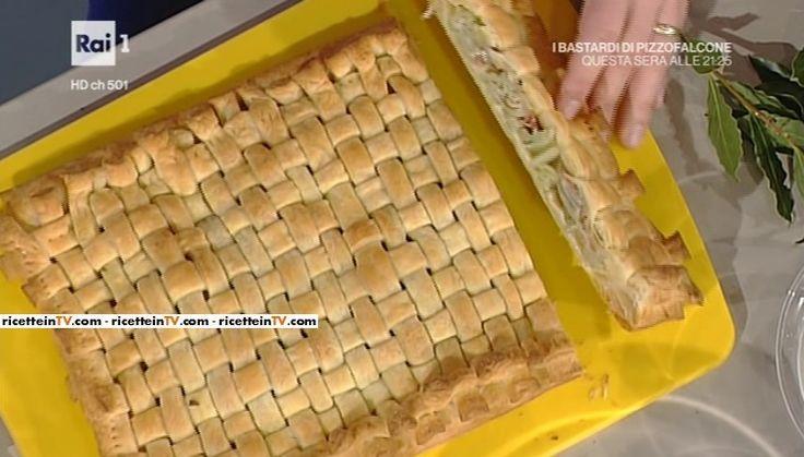 """La ricetta della sfoglia croccante di cardi e prosciutto di Sergio Barzetti del 10 gennaio 2017, a """"La prova del cuoco""""."""