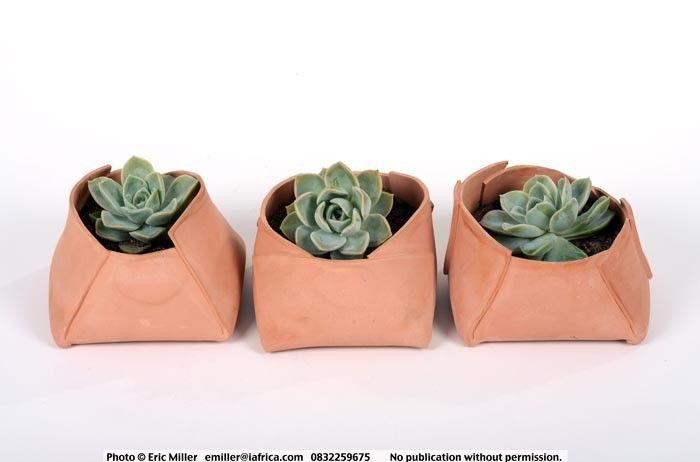Planters, terracotta - Lisa Firer