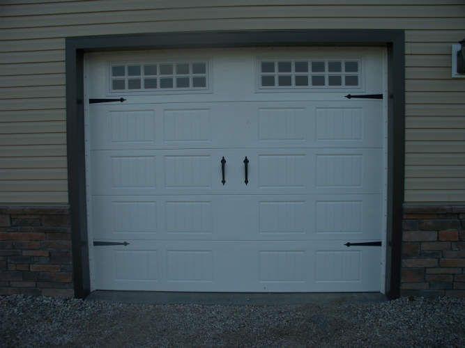 Garage Doors Carriage Style - http://www.nauraroom.com/garage-doors-carriage-style.html